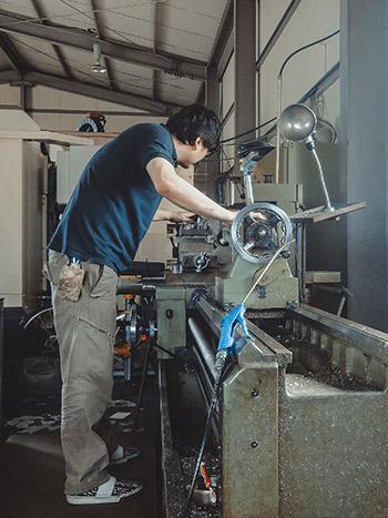 스톱모션 관절뼈대 전문가인 김우찬 감독 Armature Specialist Thinking Hand Studio